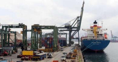 Balança comercial tem superávit de US$ 3,49 bilhões em abril