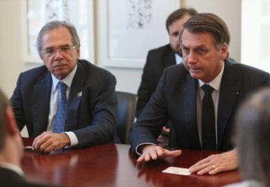 Governo Bolsonaro deve anunciar prorrogação do auxílio nesta semana, diz Guedes