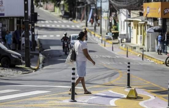 """Após """"lockdown total"""", casos de Covid-19 disparam em municípios de Pernambuco: Algumas cidades tiveram um aumento de quase 600% no número de pessoas infectadas."""